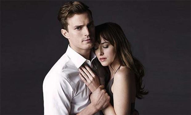 "Jamie Dornan e Dakota Johnson interpretam os protagonistas de ""Cinquenta Tons de Cinza"""