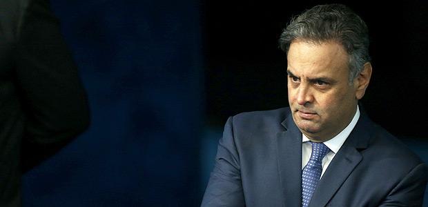 PGR pede prisão de Aécio Neves